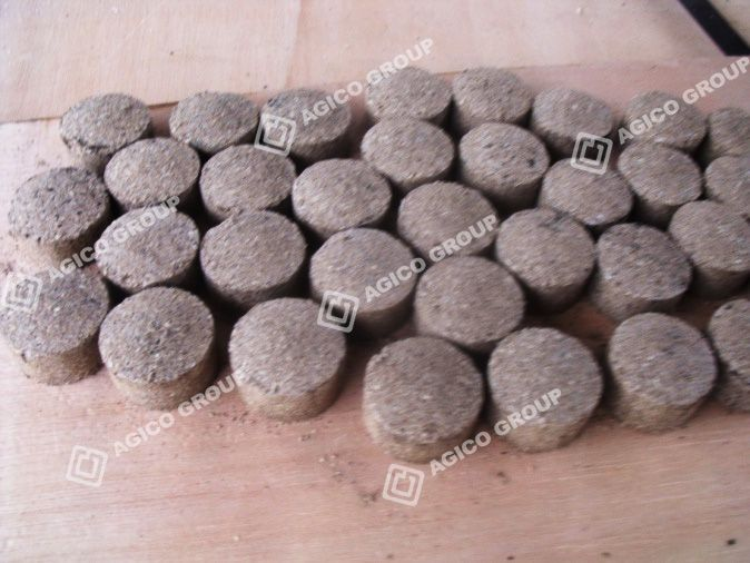 Make briquettes from sawdust and paraffins shisha
